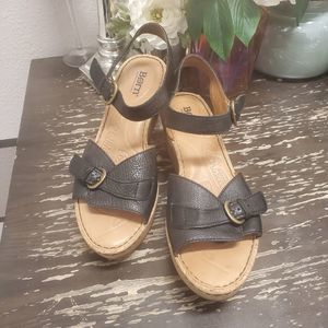 BORN Brissa Black Sandals. Sz 8.